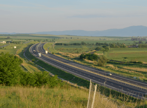 SaveGREEN Aligniament al autostrazii in zona de campie
